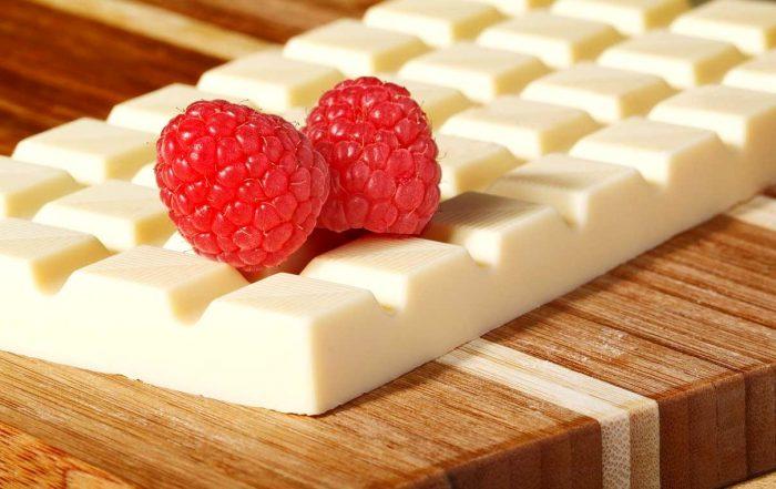 белый шоколад e1512326711360 - Шоколад - полезное удовольствие!