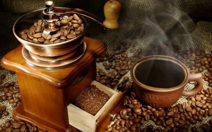 винтажная кофемолка