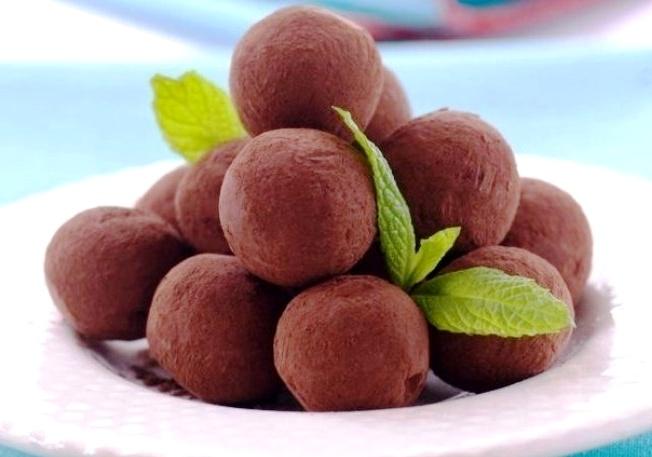 конфеты какао - Черный шоколад - изысканный восторг!