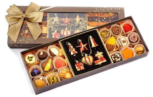 праздничная коробка шоколадных конфет