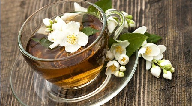 чай с жасмином полезные свойства 3 e1467139013243 - Зеленый чай с жасмином — полезные свойства!