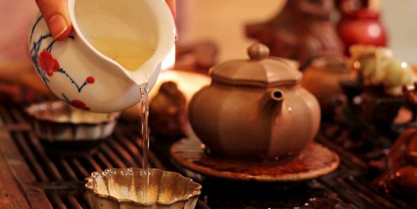 зеленый чай полезные свойства2 e1512393686746 - Полезные свойства зеленого чая