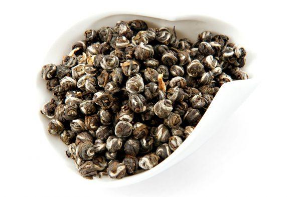 моли лонг чжу e1512393945994 - Зеленый чай с жасмином — полезные свойства!