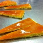 карамельный слой торт добош 150x150 - Торт Добош - Императорский вкус! Как его приготовить?