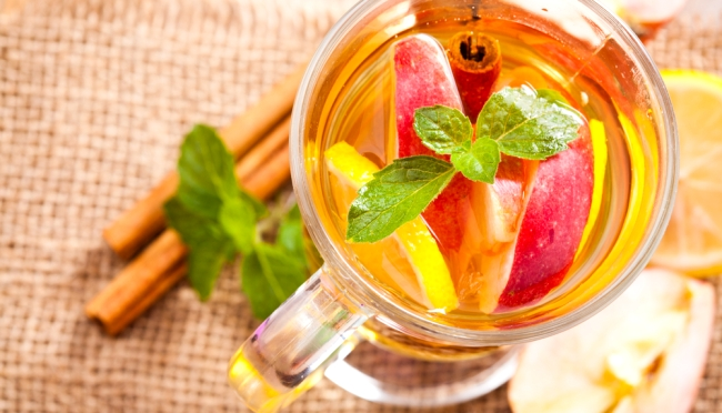 имбирный чай с яблоком и лимоном
