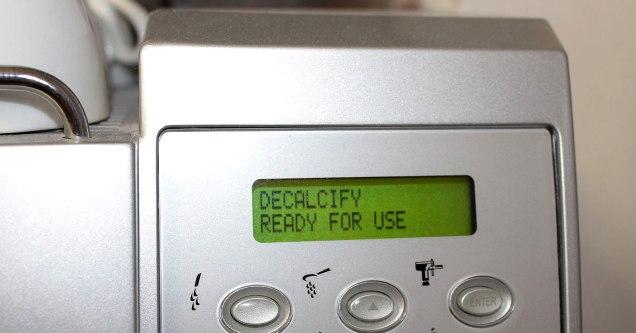 программа декальцинации - Очистка кофемашины - Декальцинация