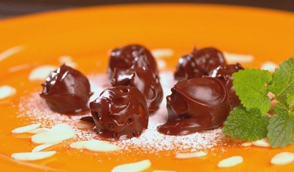 домашние марципановые конфеты - Постные марципановые конфеты в шоколаде