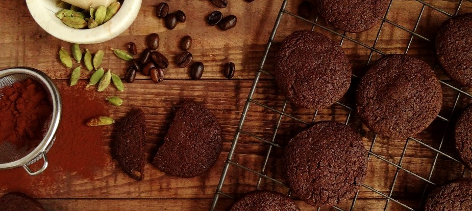 кофейное печенье с кардамоном - Шоколадно-кофейное печенье с кардамоном - очень легкий рецепт!