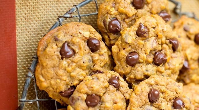 тыквенное печенье - Тыквенное печенье с шоколадной крошкой - веганский рецепт!
