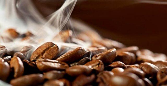 обжарка кофе 640x331 - Кофейные профессии – с дерева в чашку!
